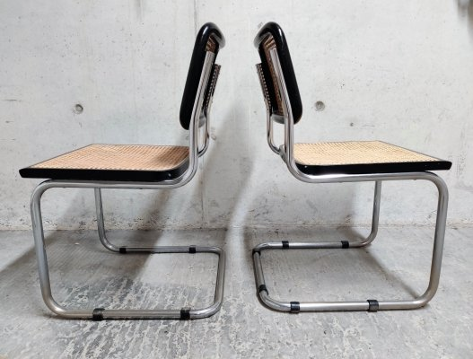 Pair of black Marcel Breuer Cesca chairs, Italy 1990s