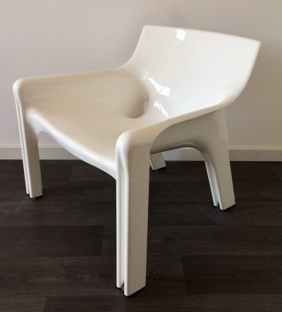 Artemide Vicario chair by Vico Magistretti, 1970's