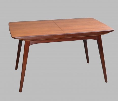 Extentable teak dining table by Louis van Teeffelen for Wébé, 1960s