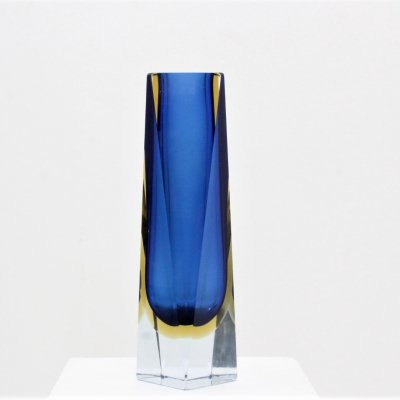 Italian design multi-faceted Murano glass vase by Mandruzzato, 1960s
