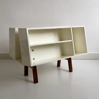 Mid Century Isokon bookcase / Coffee Table by Ernest Race, England c.1960