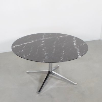 Florence Knoll Marble Round Dining Table for Knoll International