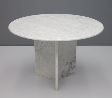 White Carrara Marble Dining Table, Italy 1970s
