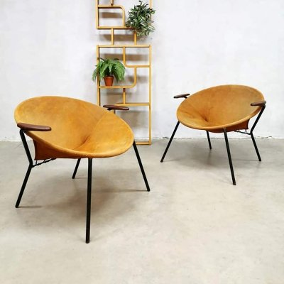 Set of 2 vintage Danish design balloon chairs by Hans Olsen for Lea