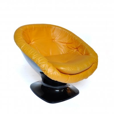 Plastic Club Lounge Chair by Raffael Raffel, France 1970s