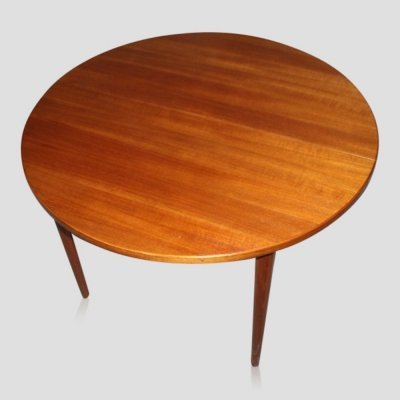 Vintage Scandinavian extendible Teak Dining Table by Nils Jonsson for Troeds