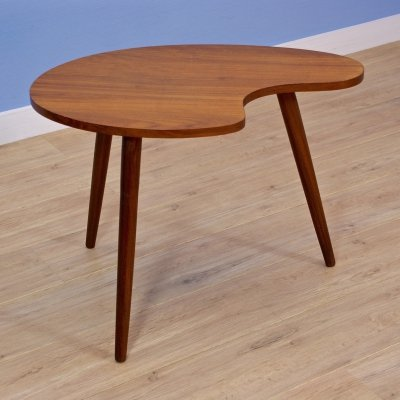 Danish kidney-shaped sidetable in teak, 1960s