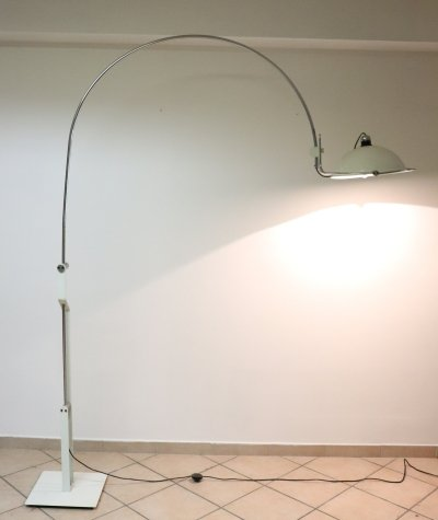 Italian Design Chrome & Enameled Metal Floor Lamp, 1970s
