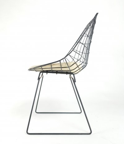 Original vintage SM05 wire chair by Cees Braakman