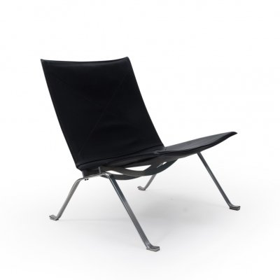 Black Leather PK22 Lounge Chair by Poul Kjærholm for Fritz Hansen, 1990s