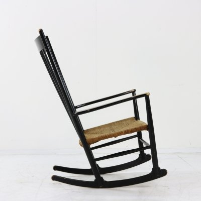 J16 rocking chair by Hans Wegner for Fredericia Stolefabrik, 1970s