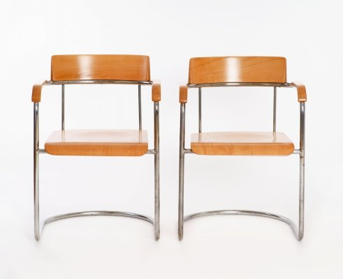 Pair of Cantilever Chairs by Rudolf Vichr, 1930s