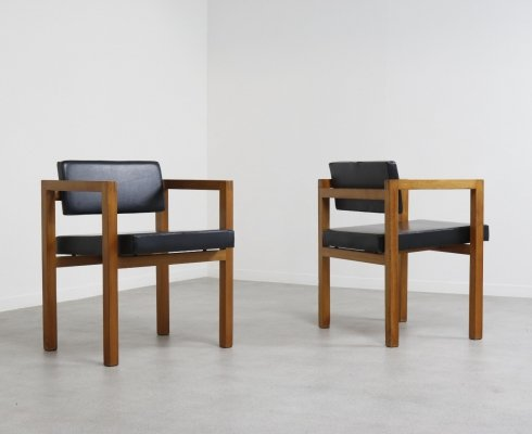 Pair of modernist Dutch armchairs, 1940s/1950s