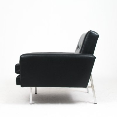 Lounge chair in black vinyl, Italy 1970s