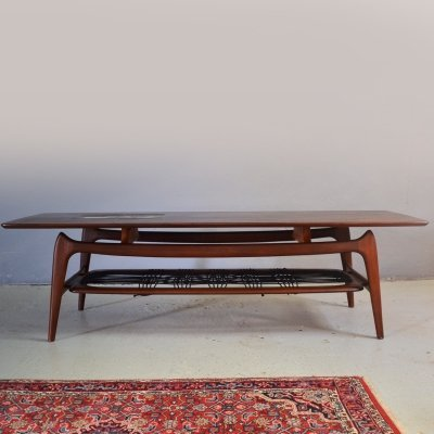 Teak coffee table by Louis van Teeffelen with ceramic by Jaap Ravelli