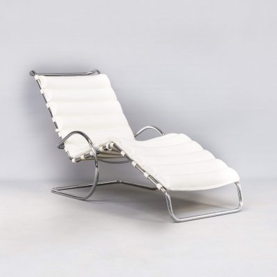 Rare early production 'MR Chaise' by Ludwig Mies van der Rohe for Knoll, 1965