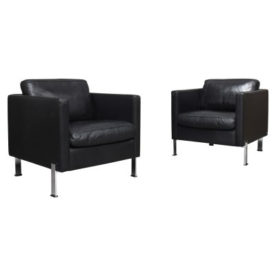Pair of De Sede DS-118 lounge chairs in black leather, Switzerland 1980s