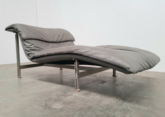 Light grey leather Wave chaise longue by Giovanni Offredi for Saporiti, 1970s