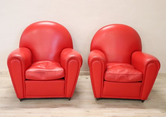 Italian Design Pair of Red Leather 'Vanity Fair' Armchairs by Poltrona Frau