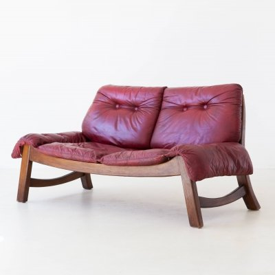 Italian Bordeaux Leather sofa with Wooden Frame, 1960s