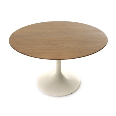 Midcentury round top tulip dining table, Italy 1960s