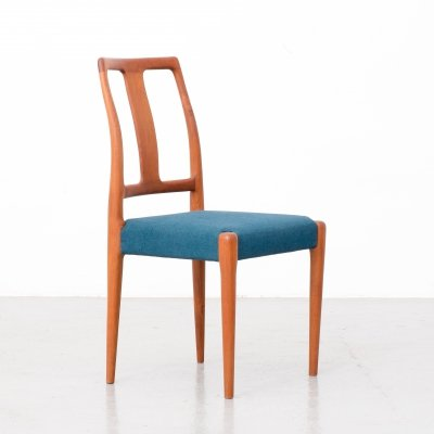 Set of 4 teak dining chairs from Sax, 1970s