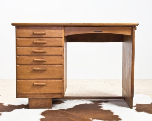 Dutch Art Deco desk in oak, 1930s