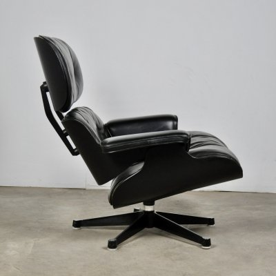 Black Leather Lounge Chair by Charles & Ray Eames for Herman Miller, 1970s