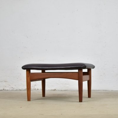 FD 137 foot stool by Finn Juhl for France & Søn, Denmark 1953