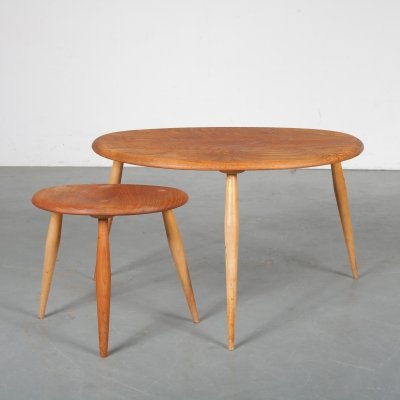Pair of nesting / side tables by Ercol, United Kingdom 1950s