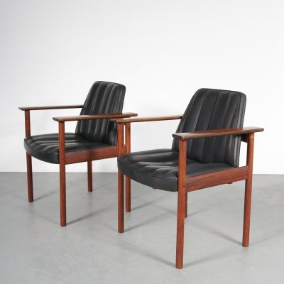 Pair of Norwegian lounge chairs by Sven Ivar Dysthe, 1960s