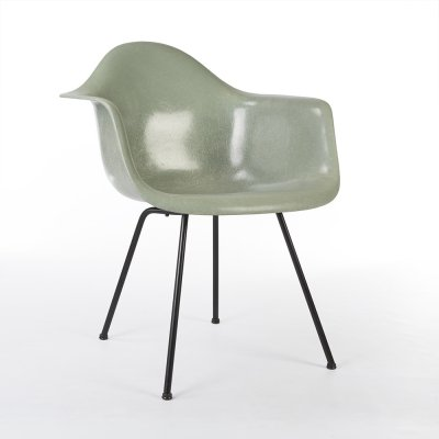 Venice Seafoam 3rd Generation Zenith Vintage Eames DAX Arm Shell Chair