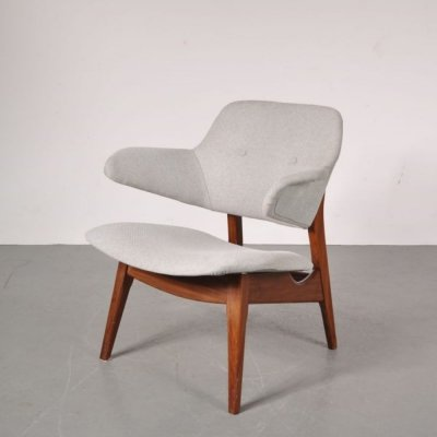 Scandinavian style lounge chair by Louis van Teeffelen for WéBé, 1950's