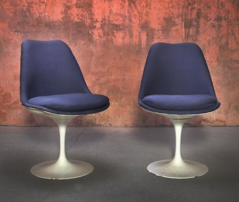 Set of Two Swivel Tulip Chairs by Eero Saarinen for Knoll International