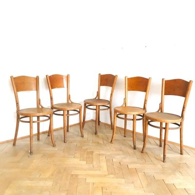 5 Thonet chairs, branded H-47 & H-48