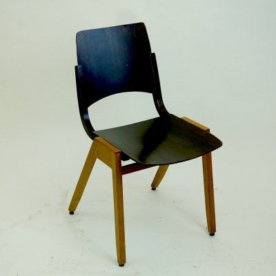 P7 Stacking Chair by Roland Rainer
