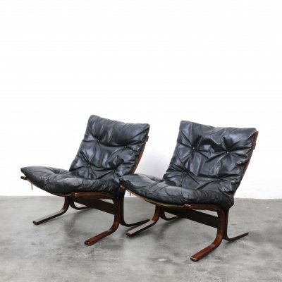 Pair of Siesta lounge chairs by Ingmar Relling for Westnofa, 1960s