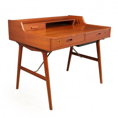 Mid Century Teak Model 65 Desk by Arne Wahl Iversen for Vinde Møbelfabrik