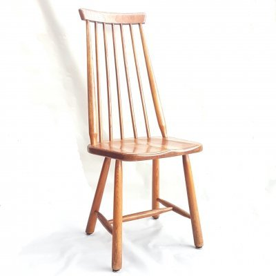 Solid oak spindle back chair, Netherlands 1960s