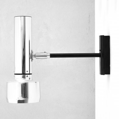 Aluminium wall lamp model 7115 by Erco