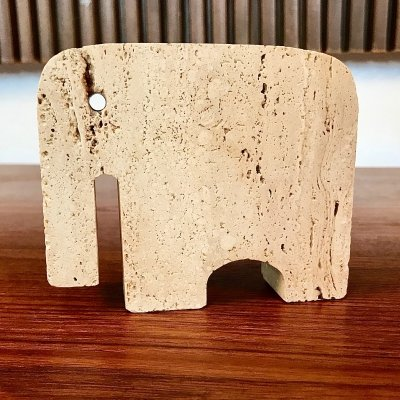 Italian Brutalist Travertine Elephant Table Sculpture by Fratelli Mannelli, 1970s