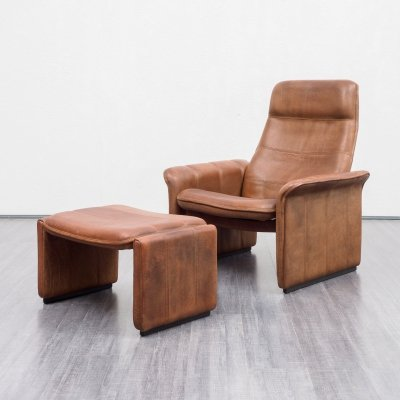 Midcentury vintage leather DS50 lounge chair with foot stool by De Sede, 1970s