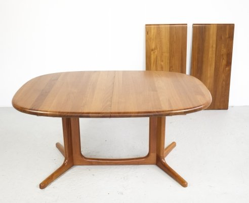Extendable Danish oval dining table in solid teak by Glostrup, 1960s