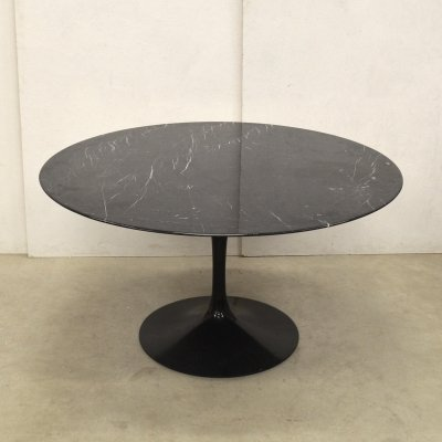 Black Nero Marquina Marble table by Eero Saarinen for Knoll, 1990s