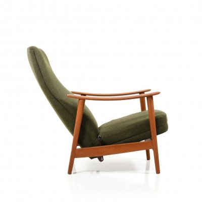 Mid Century Danish Reclining Lounge Chair in Teak