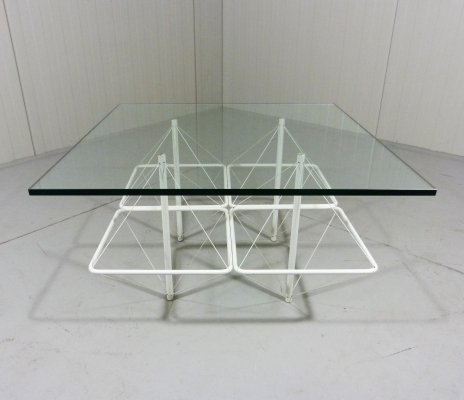 Architectural coffee table with white wire steel & glass, 1960's