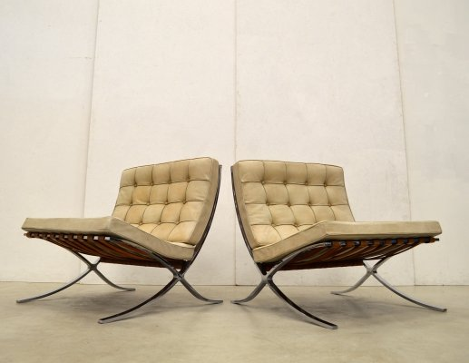 Very early Natural Cognac Barcelona Chairs by Mies van der Rohe for Knoll, 1960s