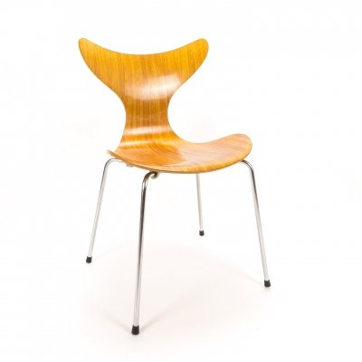 Arne Jacobsen 3108 Seagull Chair