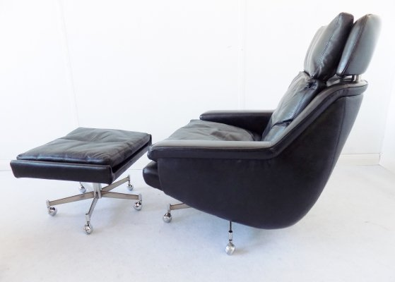 ESA Black Leather Lounge Chair modell 802 with ottoman by Werner Langenfeld, 1960s