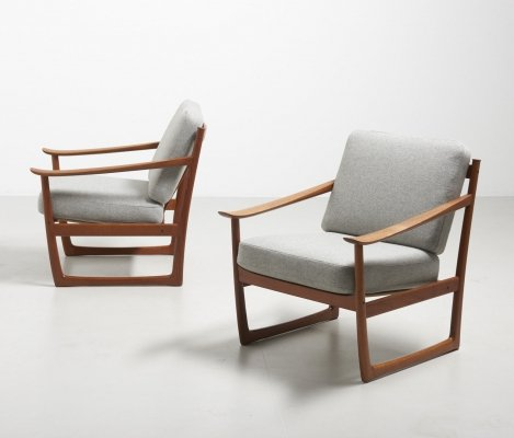Pair of FD 130 arm chairs by Peter Hvidt & Orla Mølgaard Nielsen for France & Daverkosen, 1950s